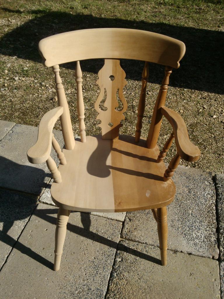 décapage d'une chaise